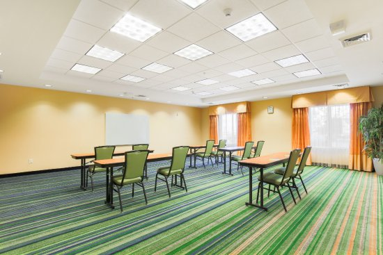 Fairfield Inn & Suites Reno Sparks Image