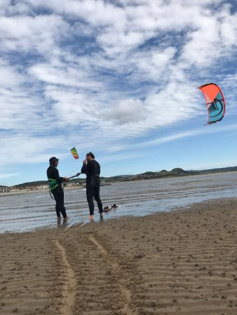 Windhunters Kitesurfing North Wales
