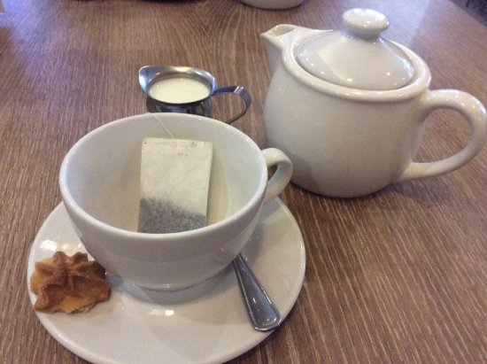 Edenvale, South Africa: Tea