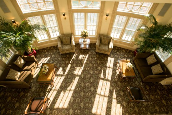 Basking Ridge, NJ: View of the piano lounge from the top floor