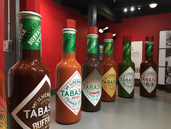 Tabasco Visitor Center and Pepper Sauce Factory : It is fun to take photos of giant Tabasco bottles.
