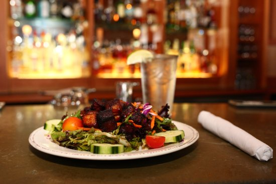 Warren, VT: Rumble's Greens and Garnishes with Pork