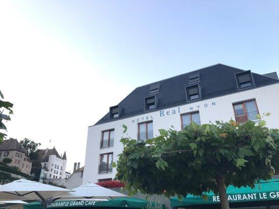 Nyon, สวิตเซอร์แลนด์: Hotel Real