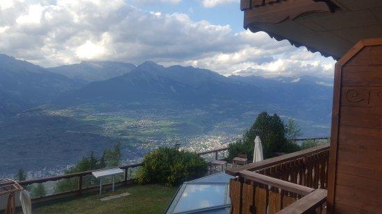 Veysonnaz, Switzerland: 20170714_191725_large.jpg