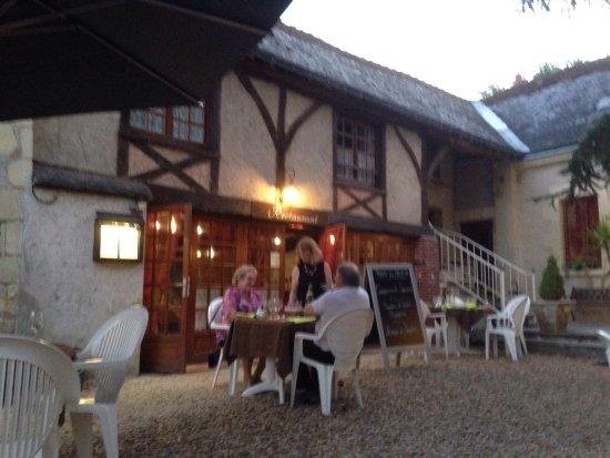 Beaumont-en-Veron, France: photo0.jpg
