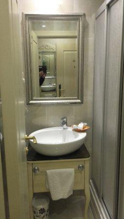 Historia Hotel : lavatorio
