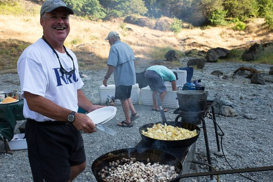 Merlin, Όρεγκον: Best breakfast around...Rogue River Outfitters