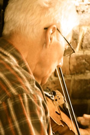 Fiddler at Stone Jug in Carbonear