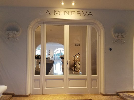 La Minerva: Breathtaking Experience Provided