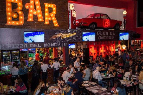 Lanus, Argentina: Pizza Lo+Hot, sucursal Lanús Oeste. La pizza del momento.