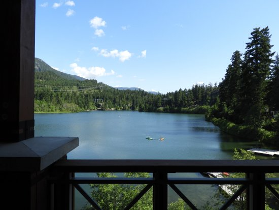 Nita Lake Lodge: Nita Lake from our Balcony