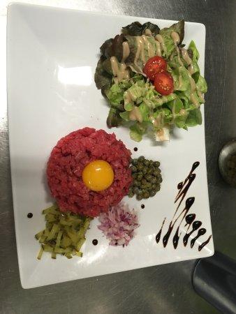 Belves, Frankrike: De très beaux plats