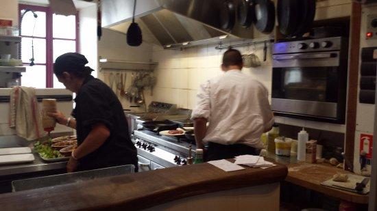 Montsegur, França: MIni cocina