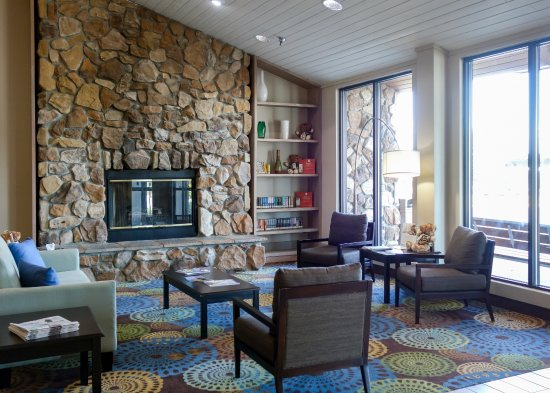 Country Inn & Suites By Carlson, Mishawaka, IN: Lobby
