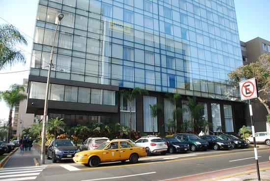 래디슨 호텔 데가볼리 미라플로레스 사진