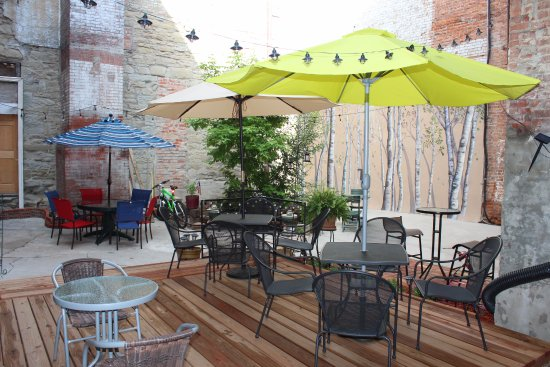 Trinidad, CO: Be sure to have lunch in our quiet, off street courtyard!