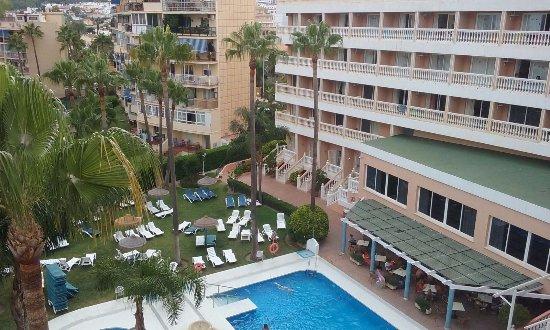Habitaci n muy amplia picture of parasol garden for Hotel parasol garden