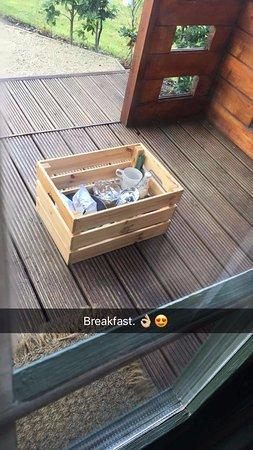 Kinnitty, Ирландия: Breakfast basket.
