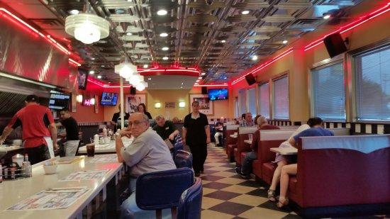 Glen Burnie, MD: Love the 50s feel