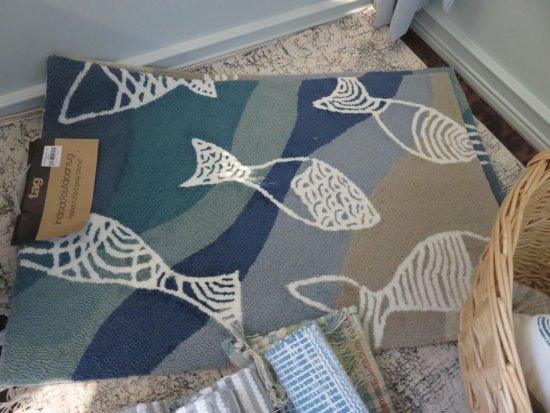 Solana Beach, CA: Fish indoor or outdoor rug