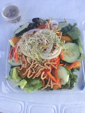 Stone Harbor, NJ: Oriental salad (take out)