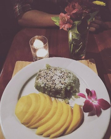 Indochine Asian Dining Lounge : Fresh sliced mango to accompany our sticky matcha coconut rice for a great dessert!