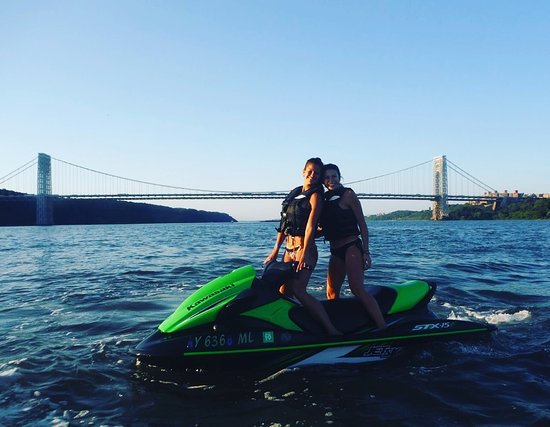 ‪New York Harbor JetSki Tours‬
