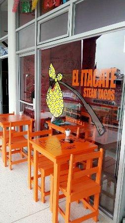 San Pedro, Costa Rica: El Itacate Steak Tacos