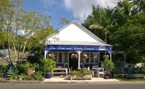 The Blue and White Teapot Cafe: The Blue and White Teapot