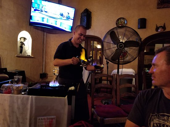 Tropicana Inn Bar & Grill: 20170628_214620_large.jpg