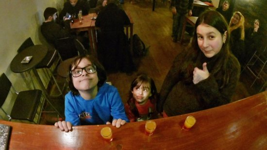 Queluz, Portugal: Kids having a virgin shot at the Bar