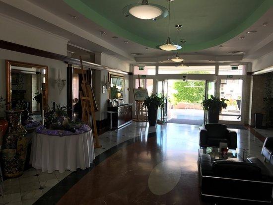 Hotel Phoenix: photo1.jpg