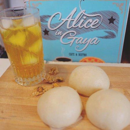 Alice in Gaya Cafe & Bistro