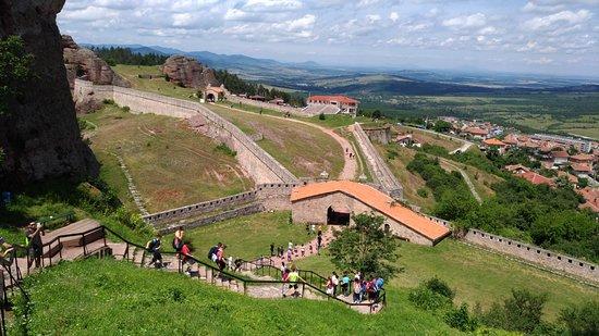 Fortaleza de Belogradchik: looking down at the entrance