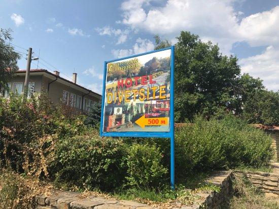 Restaurant Divetsite , Ichera Village