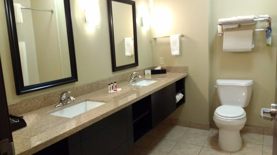 Foto Days Inn & Suites Mineral Wells