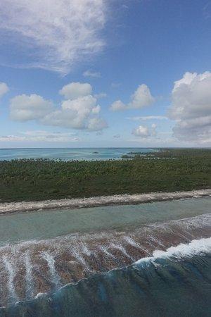 Tuamotu Archipelago, Polinesia Francesa: Le lagon est morcelé, la vue est magnifique