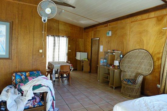 Austral Islands, Polynésie française : Le bungalow familial