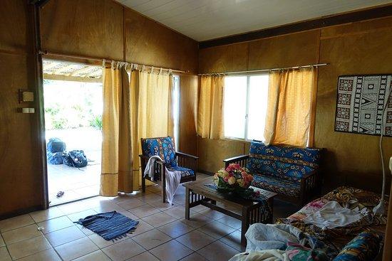 Raivavae Tama : Le bungalow familial