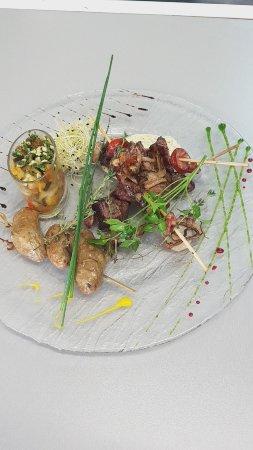 Saint-Martin-de-la-Place, Francia: Mixed grill...l'incontournable