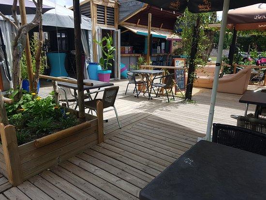 Saint-Martin-de-la-Place, Francia: Une partie de notre terrasse