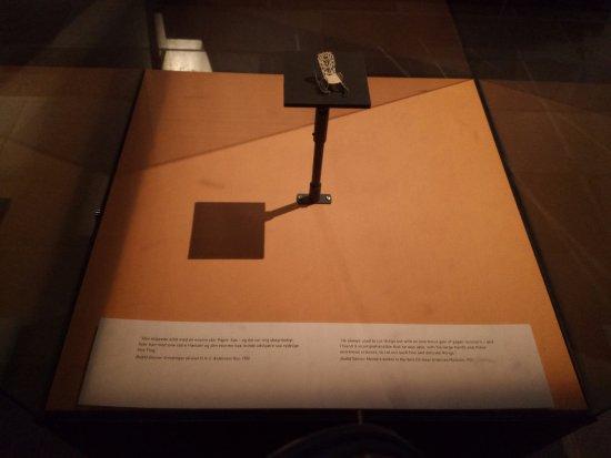 Hans Christian Andersen Museum: 安徒生先生的手工作品
