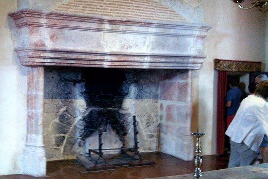 Gramont, France: Autre cheminée renaissance