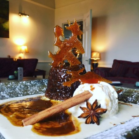 Prince Hall Hotel Devon Restaurant: sticky toffee pud