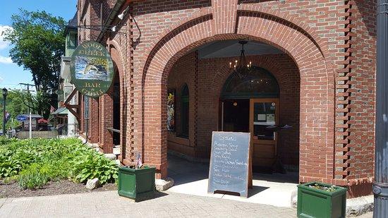 Norfolk, CT: Main Entrance