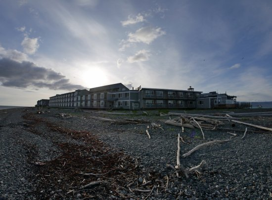 Land's End Resort: fisheye view of the hotel
