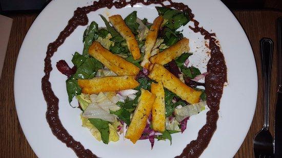 Maitrea: Halloumi salad