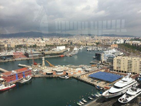 Transbordador Aeri Del Port : More views looking outside