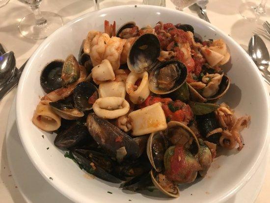 Whitestone, Nova York: Linguini Seafood a la mer