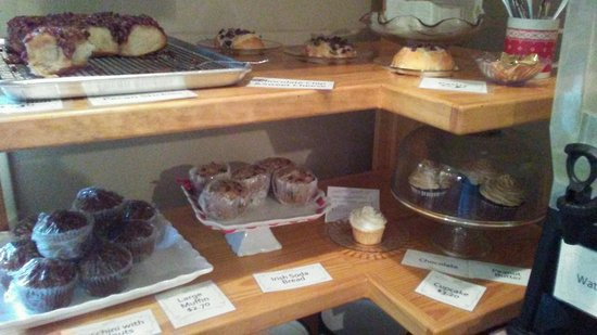 "Mount Gretna, Pensilvania: Did Someone Say, ""Freshly Baked Pastries?!"" Total Yum!!"